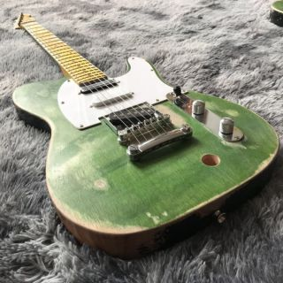 Chinese High Quality Custom Vintage Tpp Francis Rossi Status Quo Electric Guitar in Green